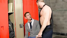 Strong school coach is pushing young gay to his dick